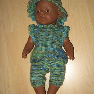Allerlei Selbstgestricktes Schals Mützen Kleidung Für Babys Und